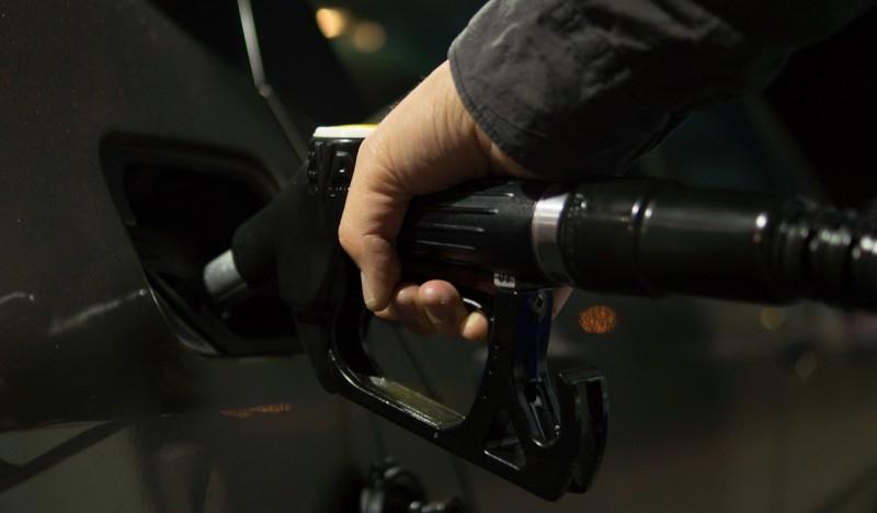 Pa do kada? Ministre, smanjite trošarine i porez na gorivo!-121575