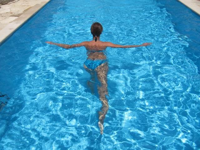 artroza koljena plivanje