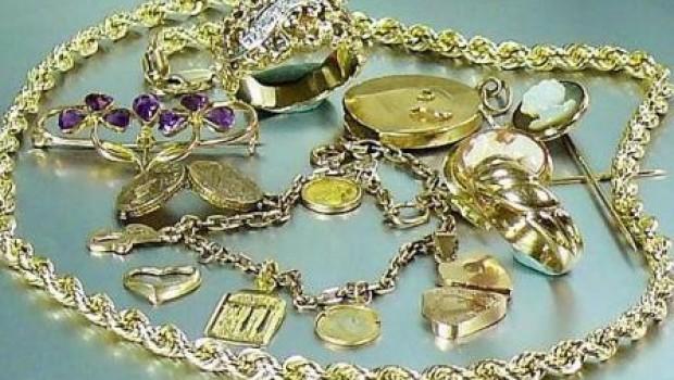 Otuđen nakit od nekoliko stotina tisuća kuna u Svetvičentu-76247